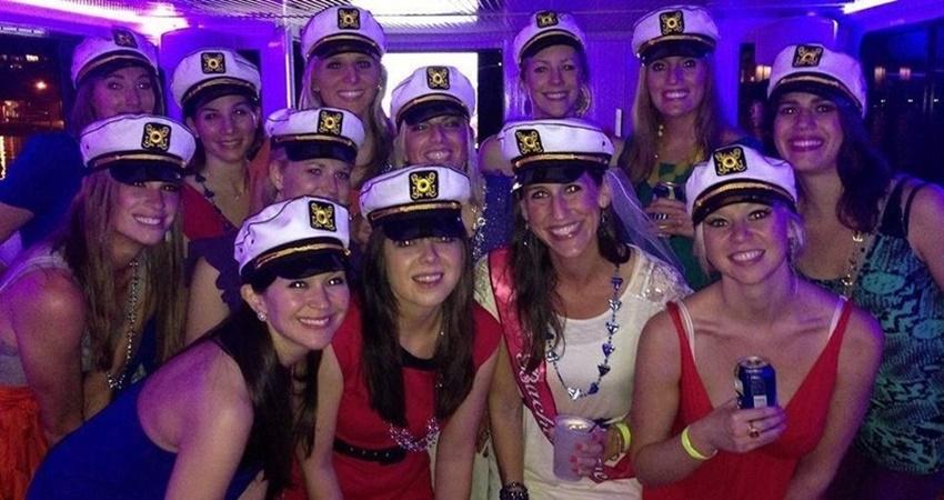Вечеринка на Пиратском Корабле в Мармарисе